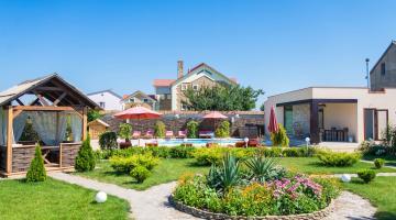 Как сделать комфортным отдых в Каролино-Бугаз в 2018 году?