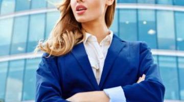 Офисный дресс-код или нужен ли женщине костюм на работу?