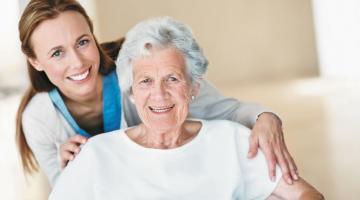 Важность профессионального ухода за пожилыми людьми