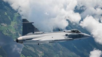 Шведский истребитель «нового поколения» совершил первый полет