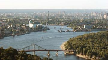 Речной отдых в Киеве набирает обороты