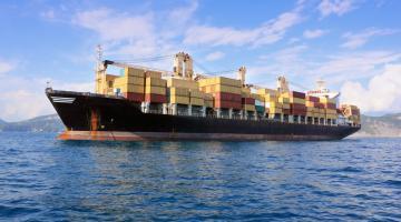 Плюсы и особенности морских перевозок грузов