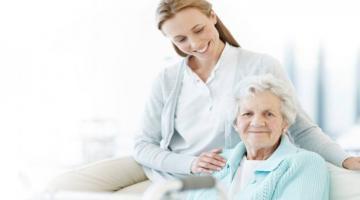 Нанять сиделку для ухода за больными и пожилыми людьми в Одессе может каждый