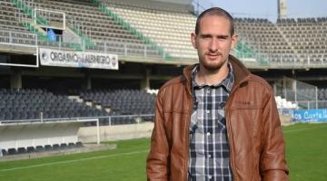 Зирка подписала контракт с испанским хавбеком