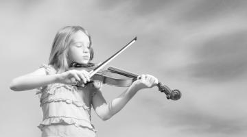 Прививаем любовь к музыке с детства