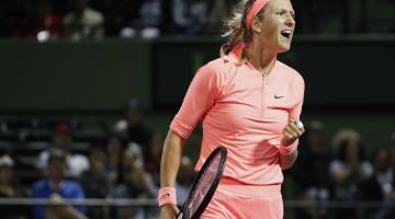 Азаренко вышла в третий круг турнира в Майами