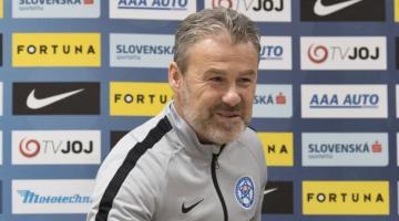 Соперник сборной Украины работал над математикой для поездки в Прагу