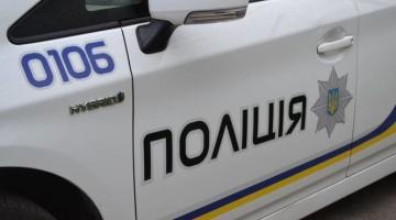 В Ровенской области водитель, пытаясь скрыться от полицейских, наехал на одного из них