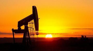 Из-за санкций США Иран начнет поставки собственной нефти – СМИ