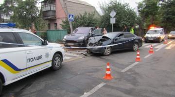 Под Киевом автомобиль вылетел на тротуар и насмерть сбил мужчину