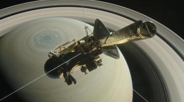 Грандиозный финал. Cassini сгорел в небе СатурнаСюжет