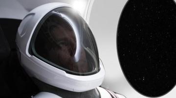 #фото дня | Илон Маск впервые продемонстрировал скафандр SpaceX