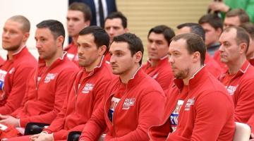 В РФ наградят спортсменов, недопущенных на Игры