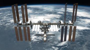 Шестигранный ключ вылетел с МКС в космос