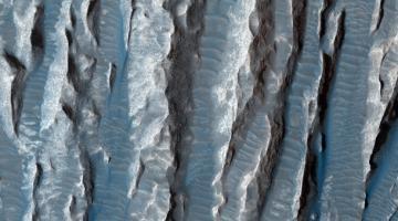 Источник жизни. На Марсе нашли озера жидкой водыСюжет
