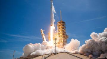 SpaceX в очередной раз успешно запустила и посадила летавшую ракету