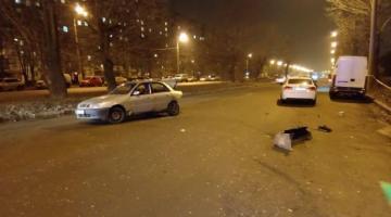 В Харькове пьяный водитель после ДТП пытался скрыться и подрался с патрульными