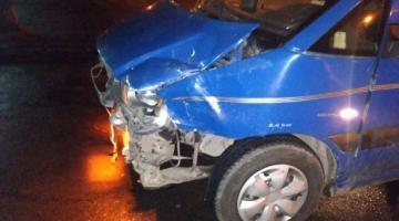 В Ровно мужчина на угнанном автомобиле попал в два ДТП
