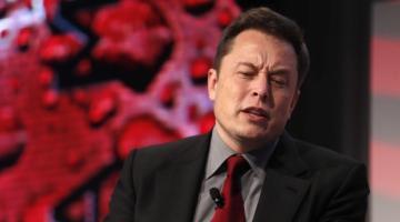 Bloomberg: каждую минуту Tesla