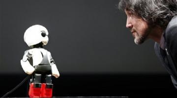 Первый робот-астронавт готовится к запуску в космос