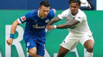 Евгений Коноплянка получил красную карточку в матче Бундеслиги