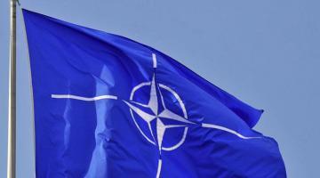 Порошенко: в документах НАТО Россию впервые признали агрессором