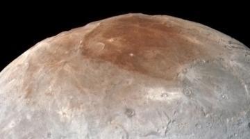 Загадка Мордора: ученые пытаются понять темный северный полюс на Хароне