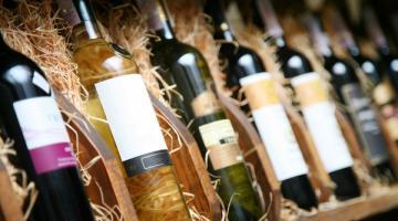 Лицензия на оптовую реализацию алкоголя: особенности и требования