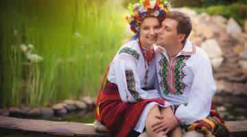 Чем уникальна национальная одежда украинцев — вышиванка?